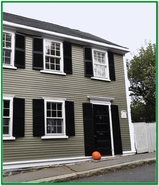 benjamin moore historical house colors