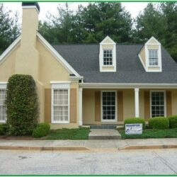 Best Exterior Color Combinations For Small House 1