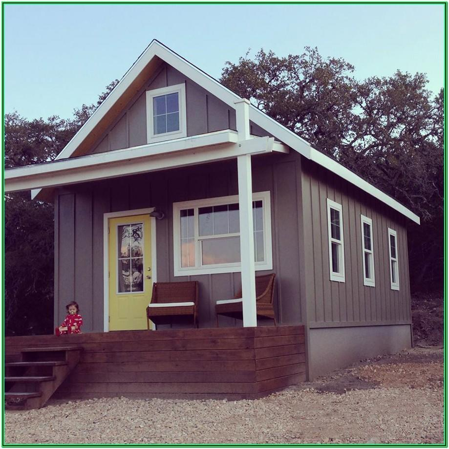 best exterior colors for small houses 1