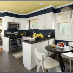 Best Kitchen Paint Color With White Cabinets