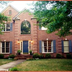 Exterior House Color Schemes With Red Brick 2