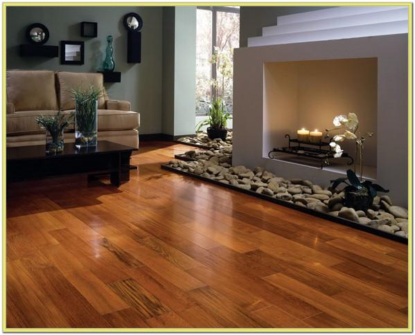 Decorating A Living Room With Hardwood Floors