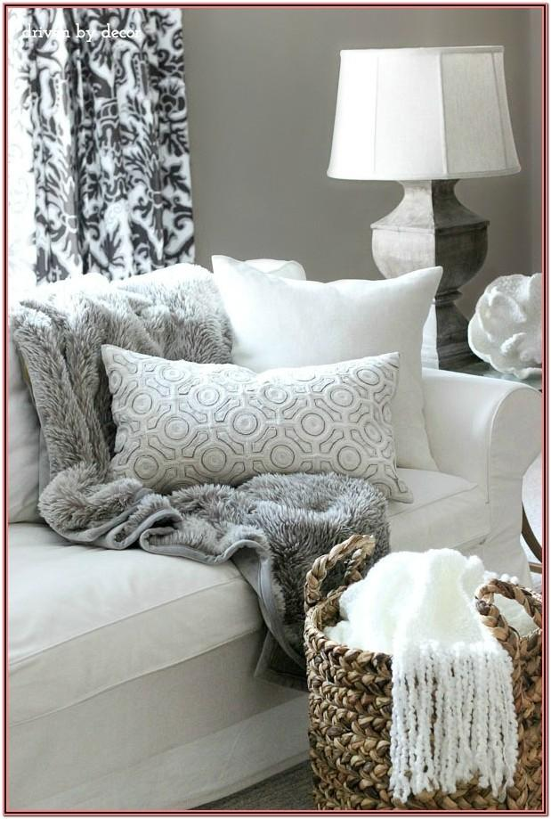 Living Room Decor Ideas With Throw Blanket