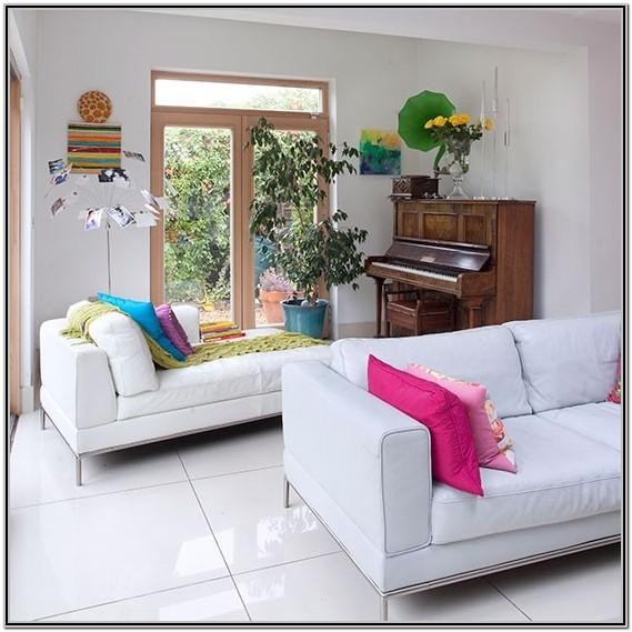 Living Room Decor With White Couch