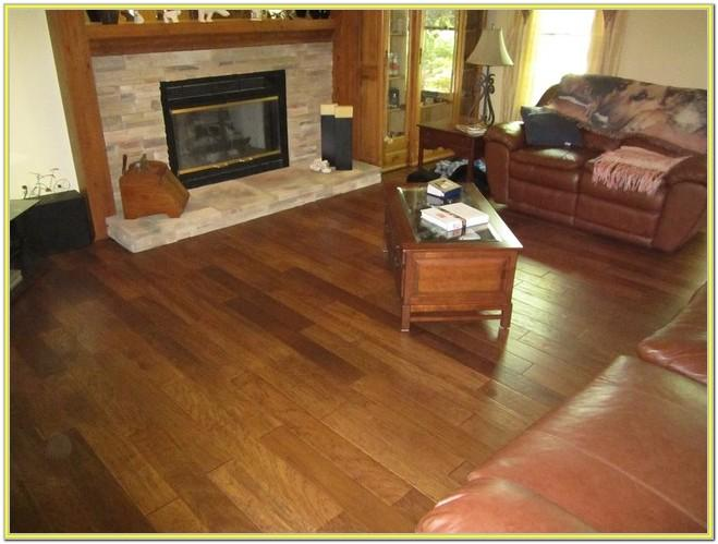 Photos Of Living Rooms With Hardwood Floors