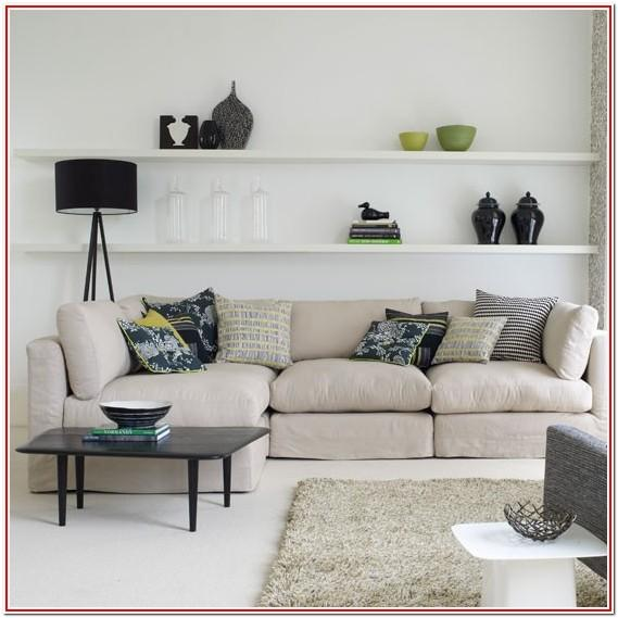 Decorating Living Room With Floating Shelves
