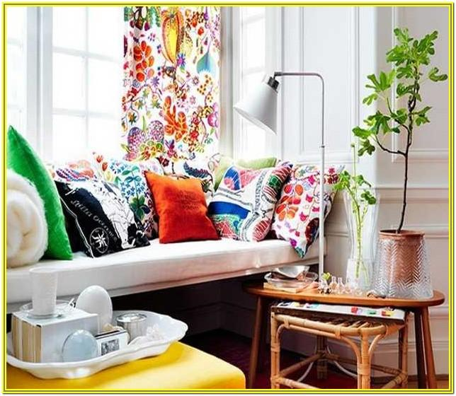 Living Room Decorating With Pillows Ideas