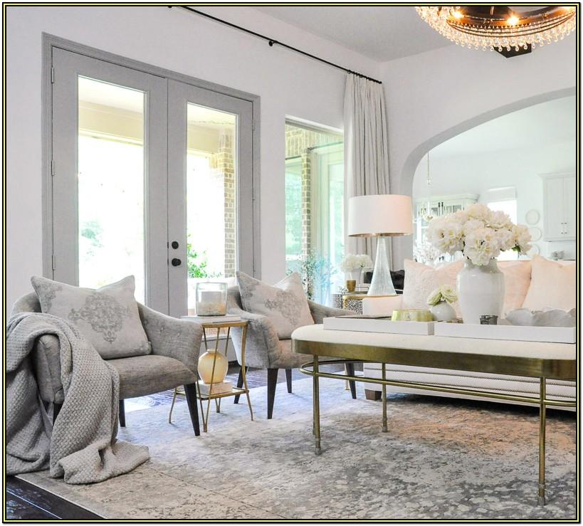 Living Room In White Decorations