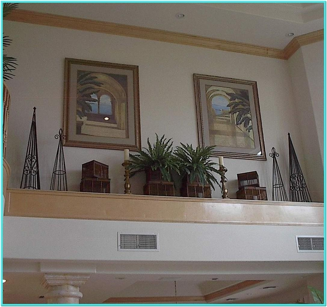 Living Room Vaulted Ceiling Ledge Decorating Ideas