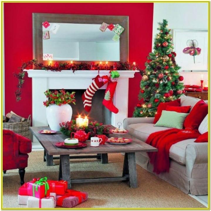 Simple Living Room Christmas Decoration Ideas