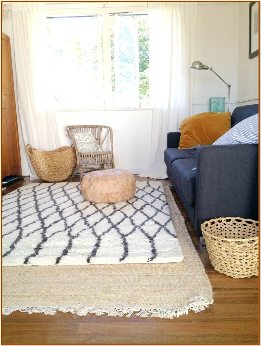 Small Living Room Decoration Rugs Ideas