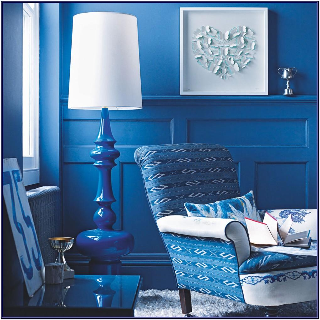 White And Royal Blue Living Room Decor