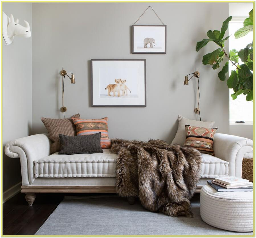 Boho Living Room Ideas With Tufted Couch
